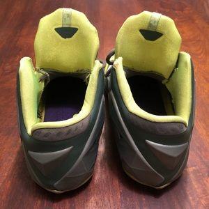 "Nike Shoes - Nike LeBron XI ""Dunkman"""